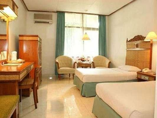 Kusuma Sahid Prince Hotel Solo - Kamar Deluxe