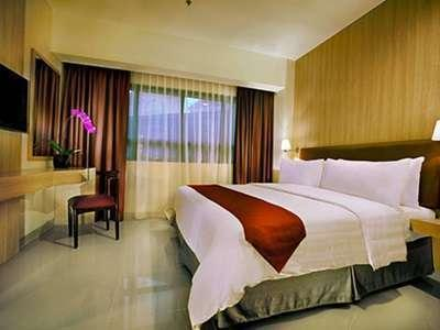 Hotel Atria Serpong - 1 Bedroom With Breakfast Regular Plan