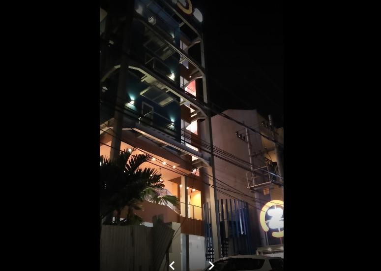 Oriza Hotel Perak Surabaya Surabaya - Tampak Depan