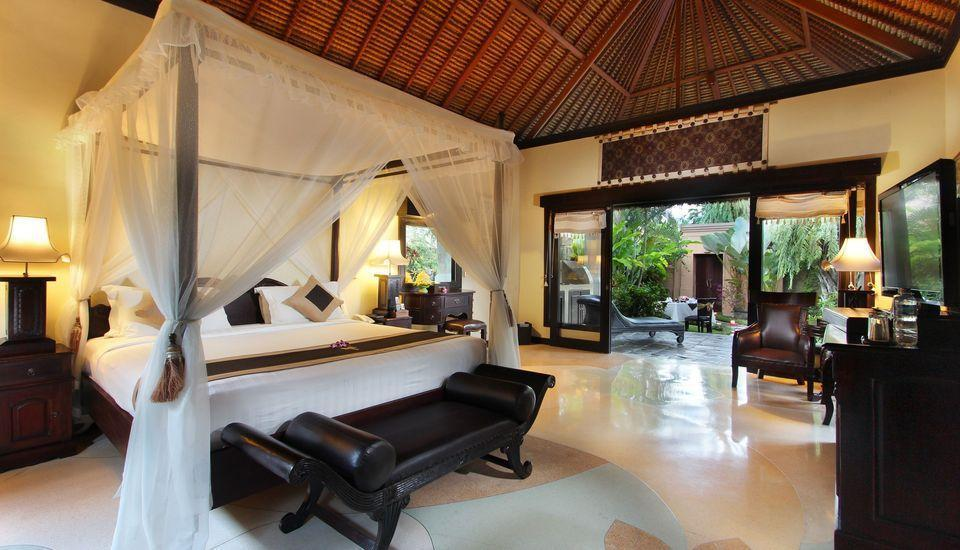 Furama Villas Ubud - bedroom