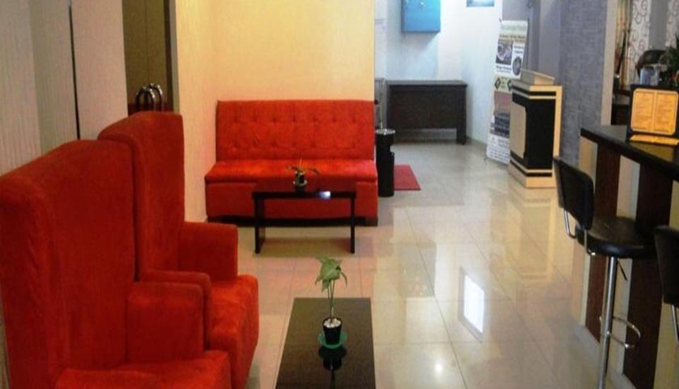 Elfah Hotel Manado - Lobi