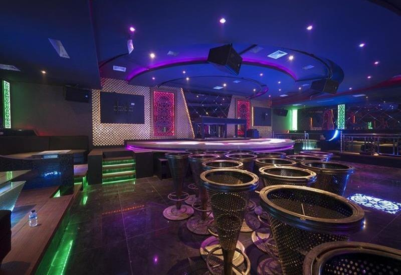 New Hollywood Hotel Pekanbaru - Club