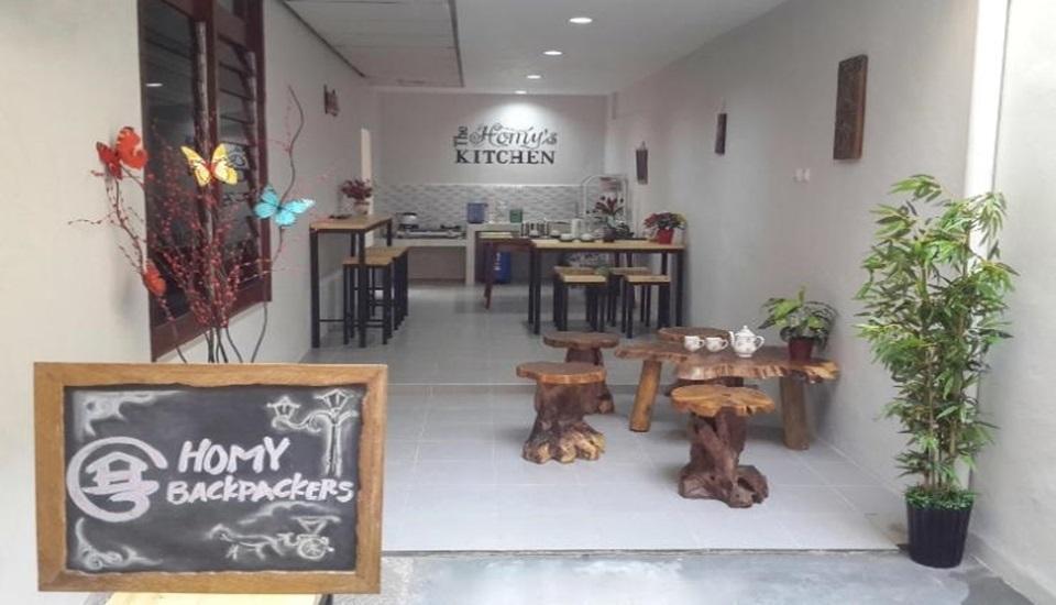 Homy Backpackers Homestay Yogyakarta - Interior