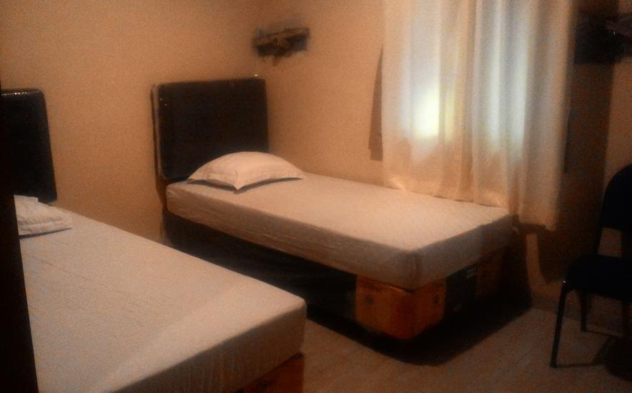 Hotel Ibrahim Syariah Simpang Lima Semarang - Kamar tamu