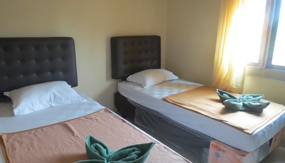 Hotel Ibrahim Syariah Simpang Lima Semarang - Kamar Twin