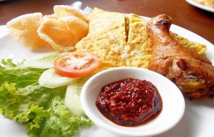 Grant Hotel Subang - Meals