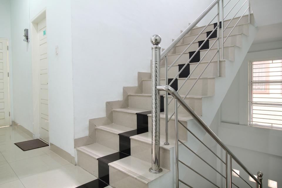 Airy Eco Syariah Medan Petisah Ayahanda Ceret 11C - Stairs