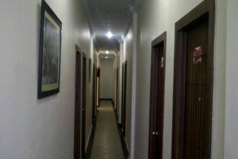 Sabrina 81 Pekanbaru - Koridor