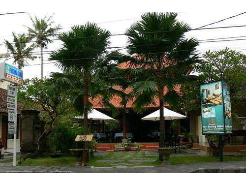 Puri Sading Hotel Bali - Depan