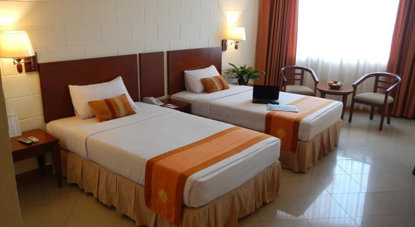 Mega Lestari Balikpapan - Standard Side Wing Room Only Dengan 1 Set Aminities Regular Plan