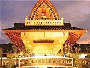 Grand Legi Lombok - Front