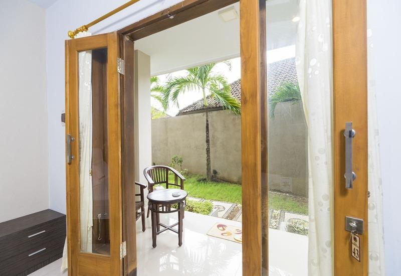 RedDoorz @Unud Jimbaran Bali - Interior