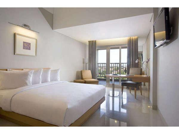 Hotel Santika Jemursari - Deluxe Room King Special Promo Weekend Deal