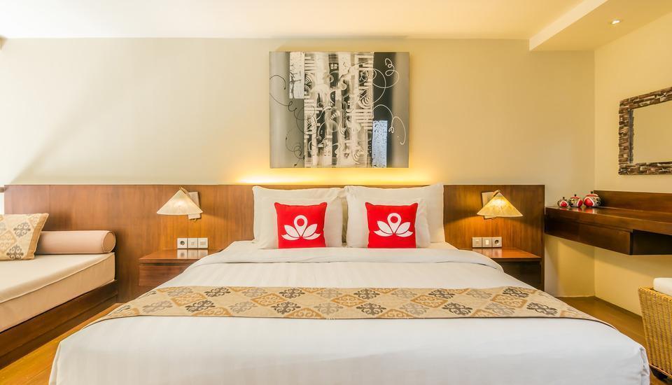 ZEN Premium Kerobokan Umalas 2 Bali - Tampak tempat tidur double