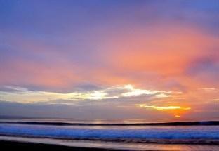 Matahari Kuta Beach House Bali - Kuta Beach