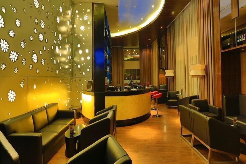 Aston Jambi Hotel Jambi - Onyx Music Lounge