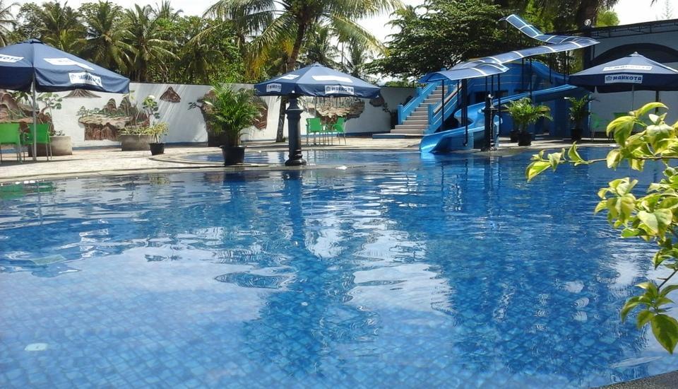 Hotel Mahkota Banyuwangi - Kolam renang