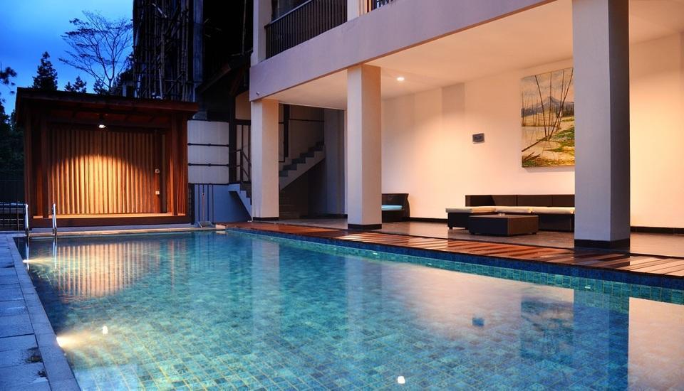 7 BR Pool Villa Dago Hill View Bandung - PrivatePool