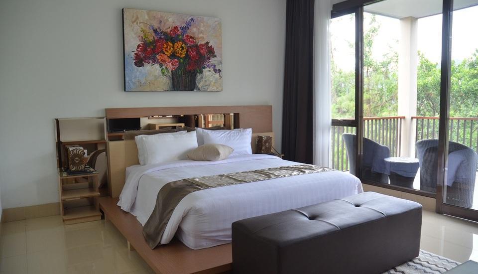 7 BR Pool Villa Dago Hill View Bandung - Kamar