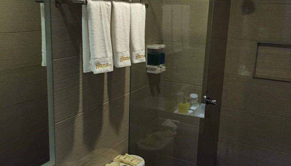 Hana Hotel Batam - Kamar mandi dan Toilet Kamar Suite 2