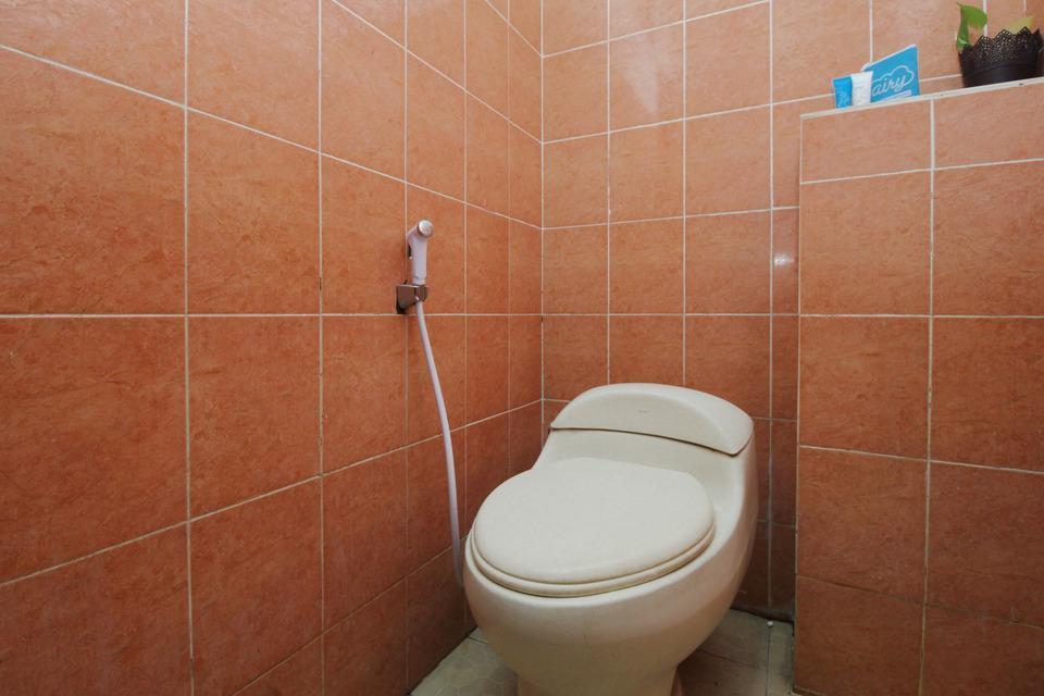 Airy Syariah Sunan Bonang 16 Magelang Magelang - Bathroom