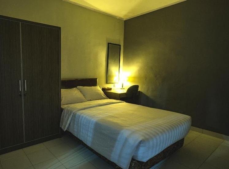 DE NANGGELA'Z GUEST HOUSE Tasikmalaya - Standard Room Breakfast Regular Plan