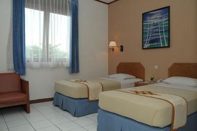 Kenangan Hotel Bandung - Deluxe Room With Breakfast Regular Plan