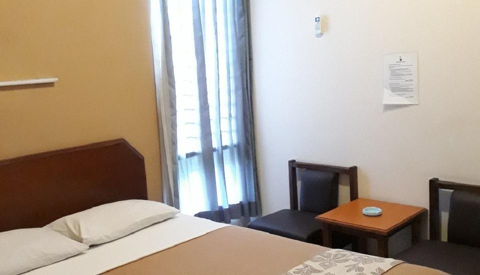 Kenangan Hotel Bandung - Standard AC) with Breakfast                               Promo