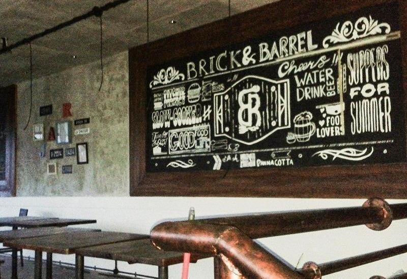 Bilique Hotel Bandung - Brick & Barrel Bistro