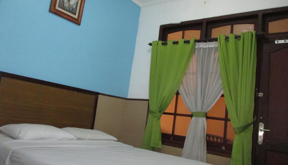 Gloria Amanda Hotel Yogyakarta - kamar superior dobel