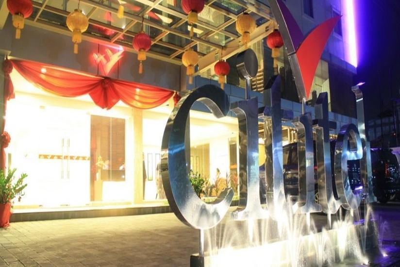 Cititel Hotel Pekanbaru - Tampilan Luar Hotel