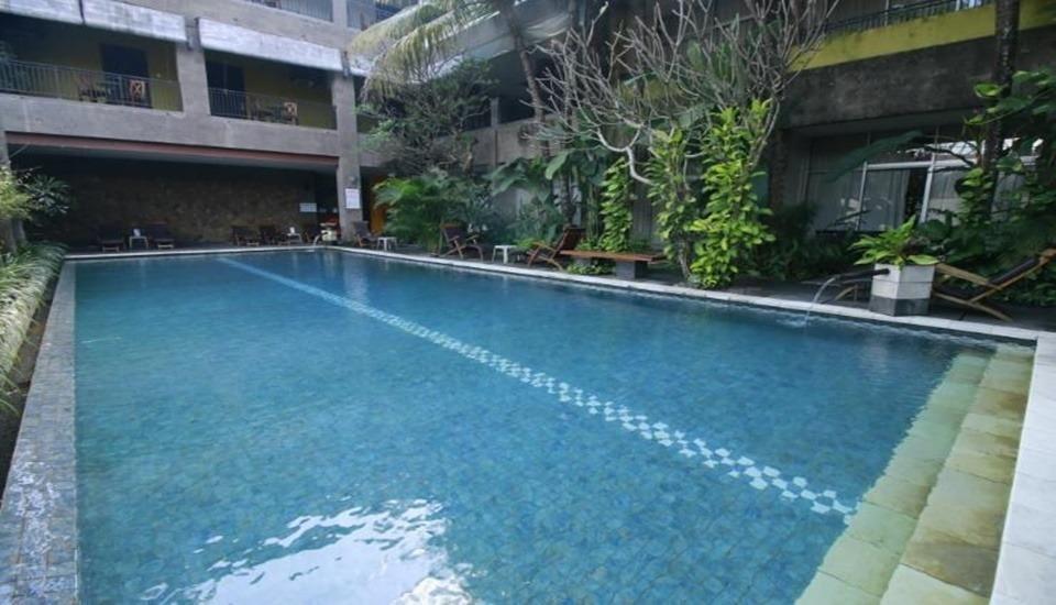 Eclipse Hotel Yogyakarta - Pool