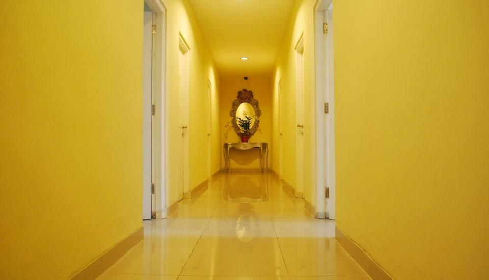 Wijaya Imperial Hotel Yogyakarta - Corridor
