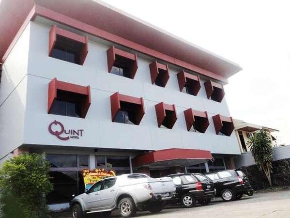 Quint Hotel Manado -