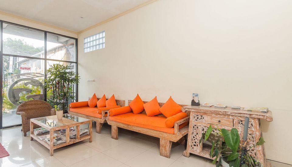 ZenRooms Denpasar ByPass Suwung Bali - Lounge