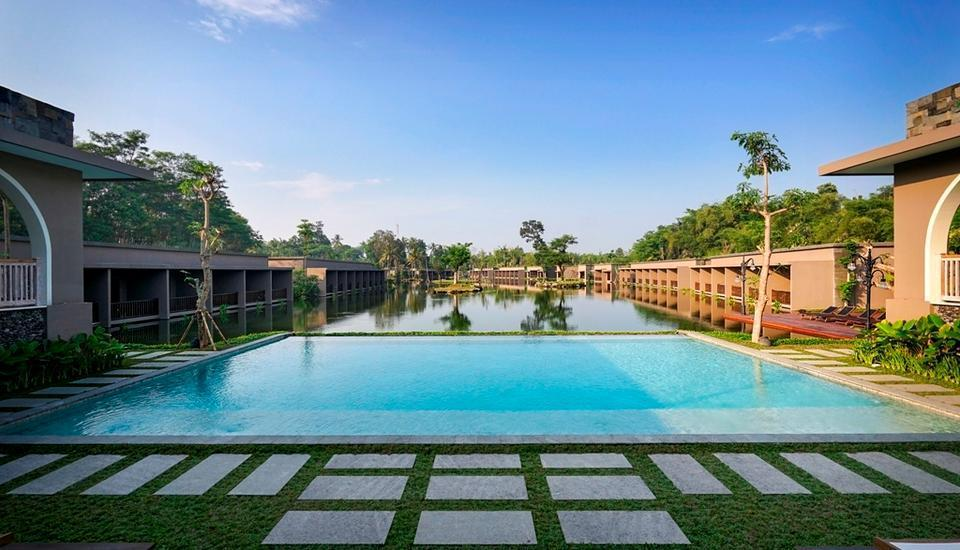The Westlake Resort Yogyakarta - Main Pool