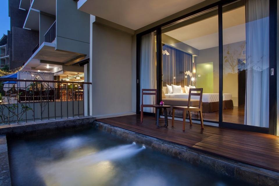 Wyndham Dreamland Resort Bali Bali - Deluxe Twin Whirlpool