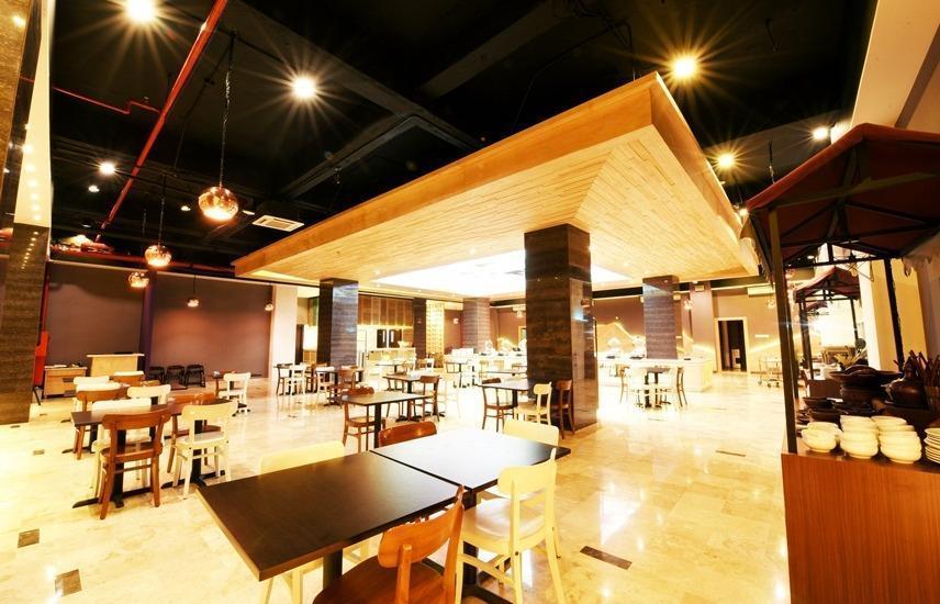 FOX HARRIS City Center Bandung Bandung - Restaurant
