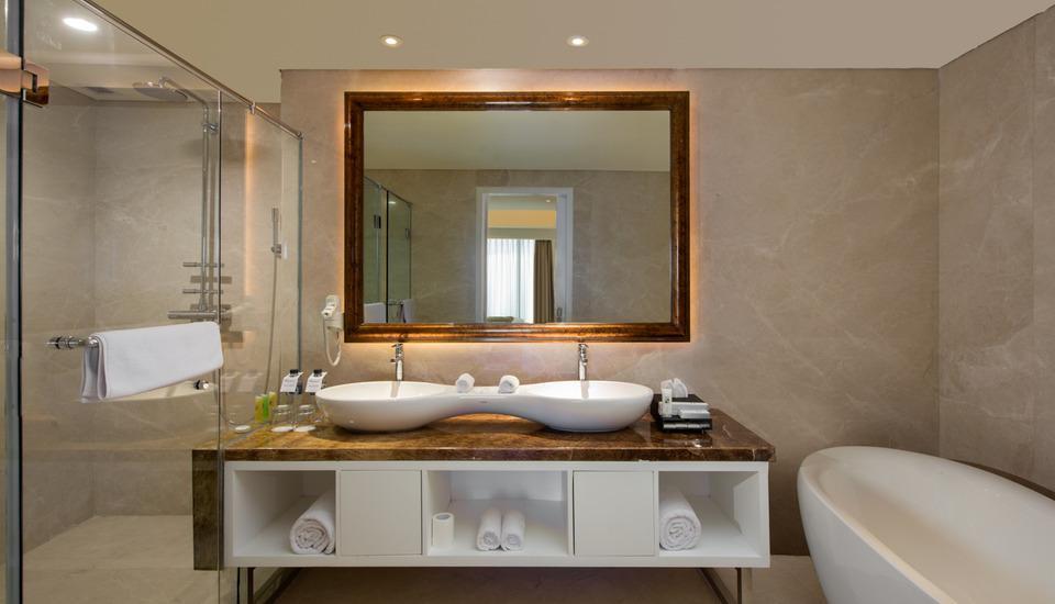 Swiss-Belhotel Yogyakarta - Kamar mandi