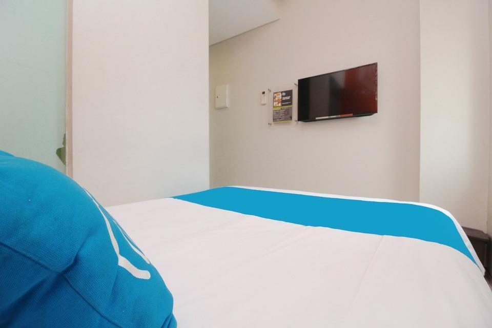 Airy Taman Remaja Kusuma Bangsa Surabaya - Standard Double Room Only Special Promo Jan 24