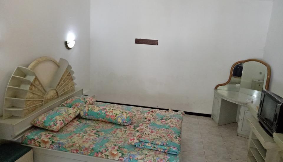 Villa Rini Malang - VIP Room Regular Plan