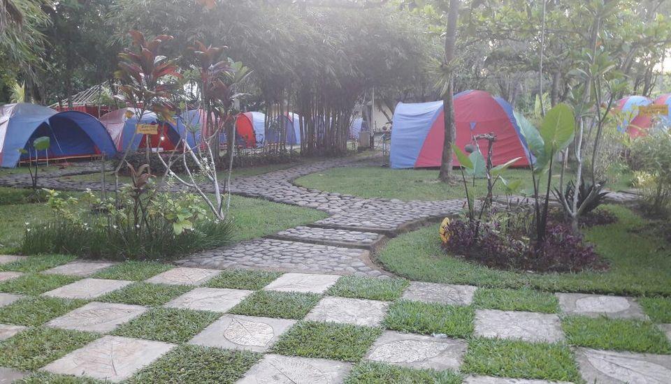 Green Coral Beach Camping Ground Tanjung Lesung Pandeglang - Jalan Masuk