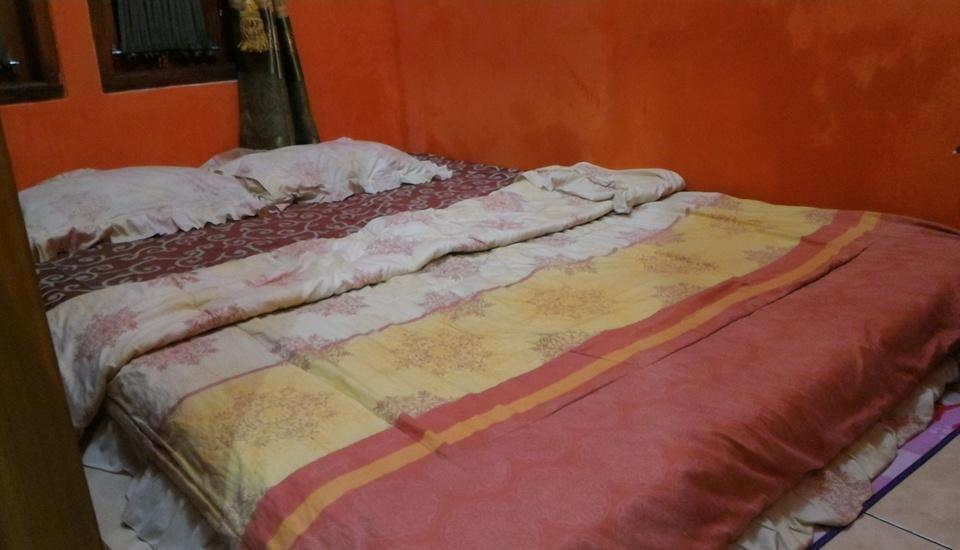 Darajat Homestay Garut - Bedroom