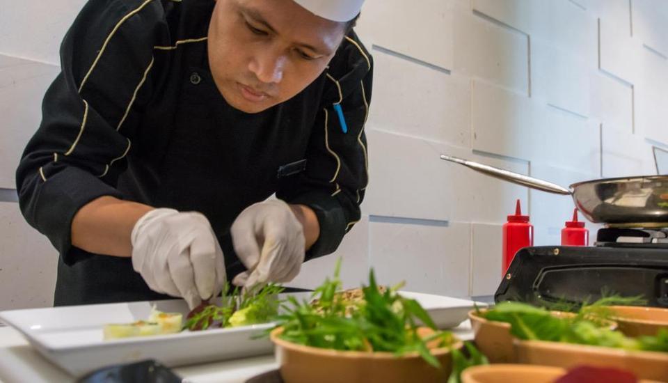 BATIQA Hotel Palembang - Kitchen