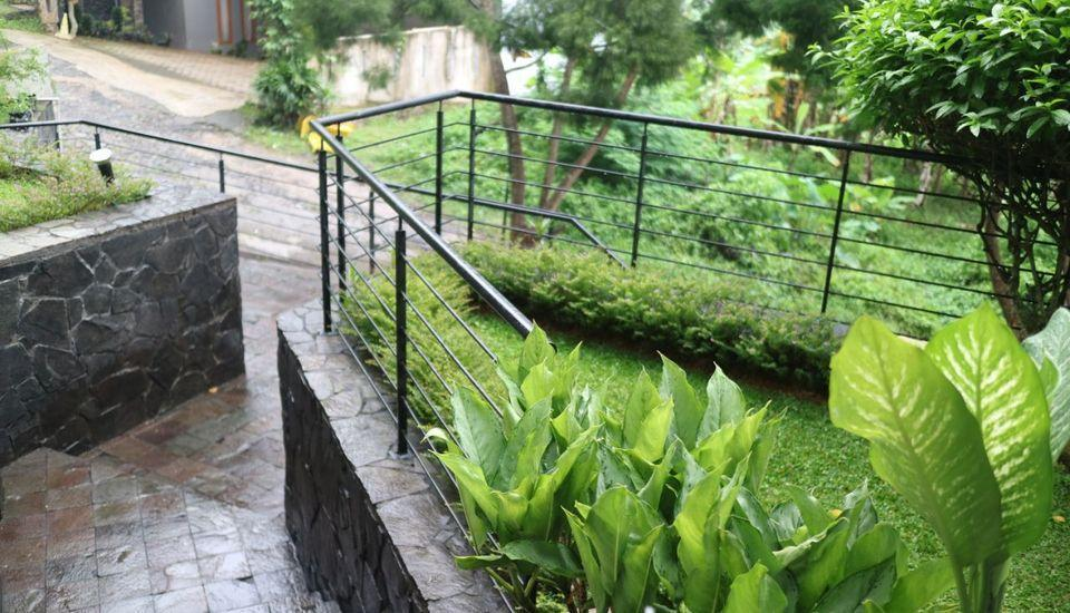 Villa Babeh Dago Pakar -