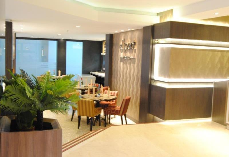 D Best Hotel Bandung - Restaurant