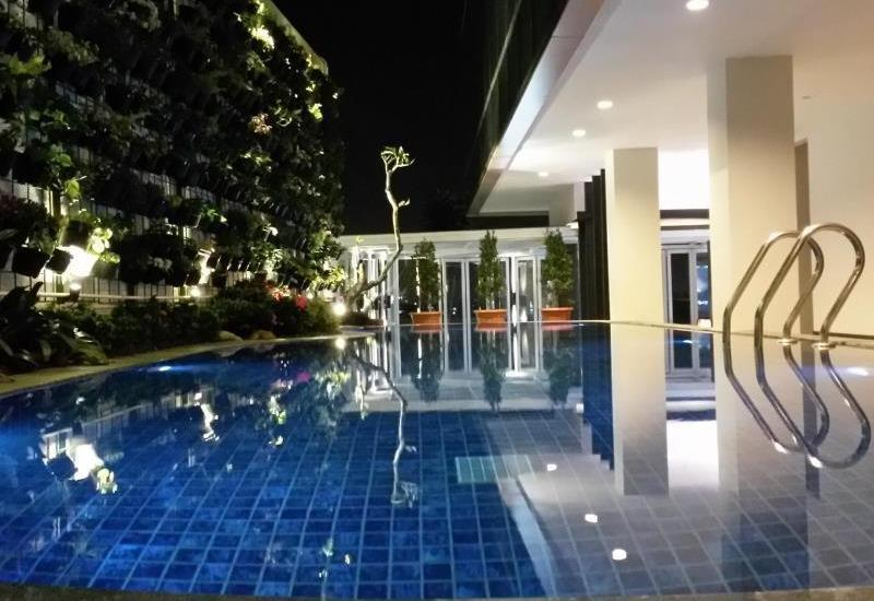D Best Hotel Bandung - Swimming Pool