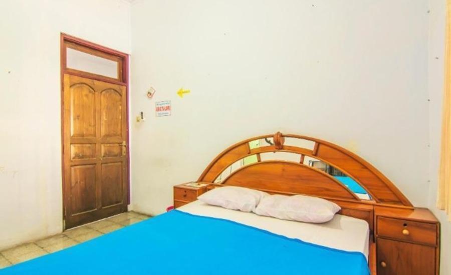 Shintana Homestay Banyuwangi - Standard Room Regular Plan