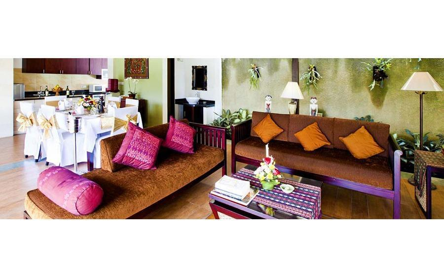 The Sanyas Suite Bali - Ruang tamu di Kamar Pengantin Junior Suite Villa