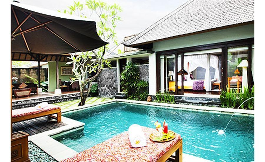 The Sanyas Suite Bali - Kolam Renang Villa Junior Suite